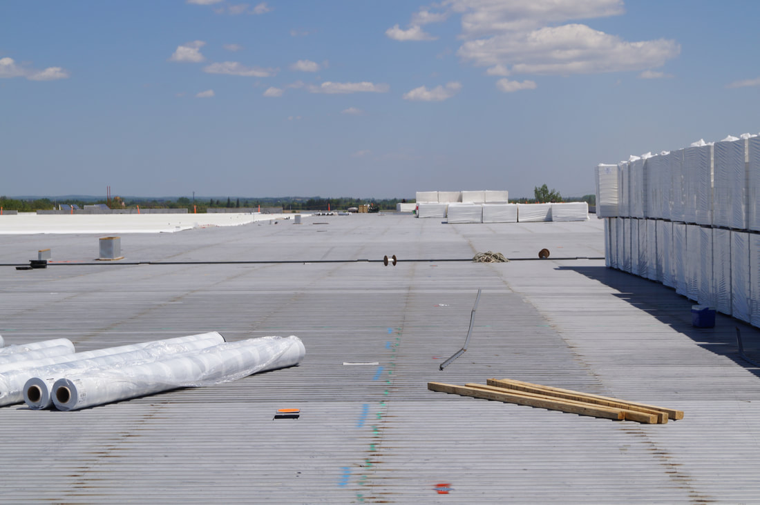 Photo of a commercial flat roof